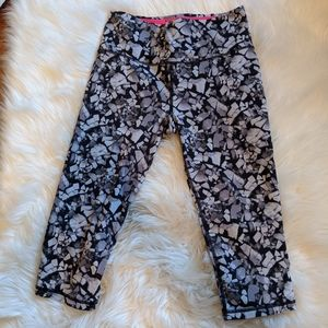 Victoria Secret Crop Leggings